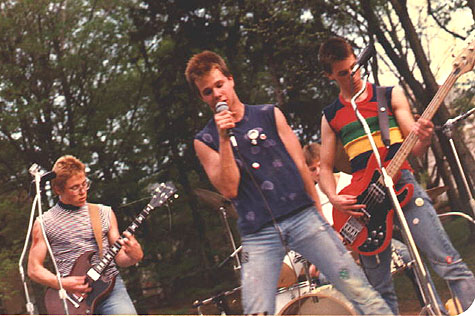 The Defekts - Dunn Meadows @ Indiana University in Bloomington 1980