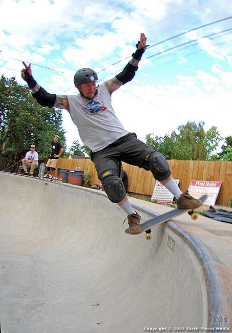 Matt - Board Slide to Fakie @ Backyard Bowl