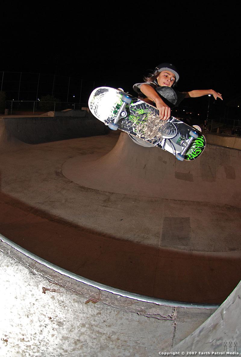 Taylor - FS Tuck Knee Air @ Pro Park