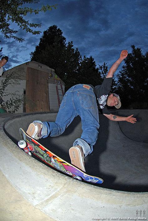 Trevor - BS Grind @ Backyard Bowl